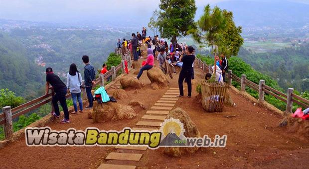 Pesona Tebing Keraton Dago Bandung